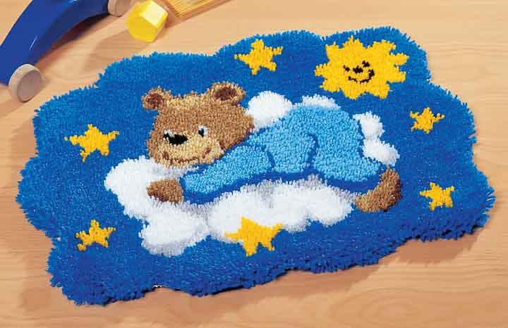 Vervaco Latch Hook Kit: Rug: Bear on Cloud Latch Hook Rug & Wall Hanging Kit