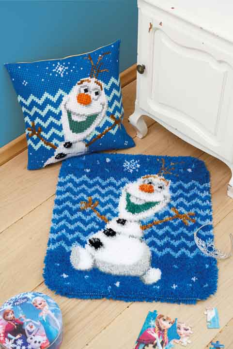 Vervaco Cross Stitch Cushion Kit: Olaf Characters CSCK