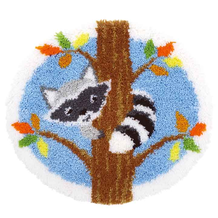 Vervaco Latch Hook Rug: Raccoon in the Tree Latch Hook Rug & Wall Hanging Kit