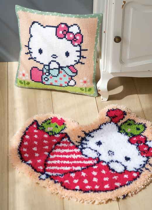 Vervaco Cross Stitch Cushion: Hello Kitty: On the Lawn