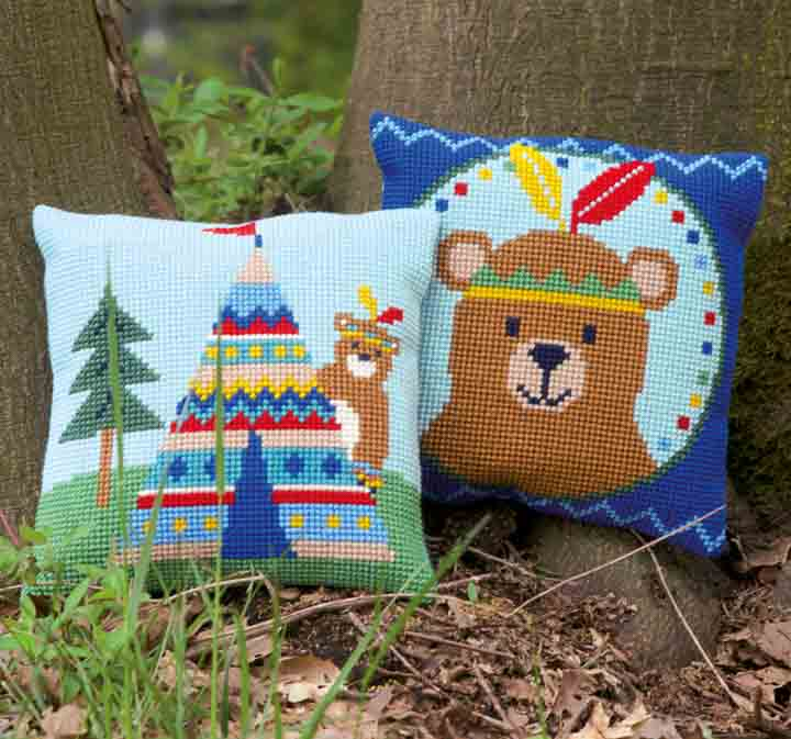 Vervaco Cross Stitch Cushion: Lief! Bear and Tepee Seasonal CSCK