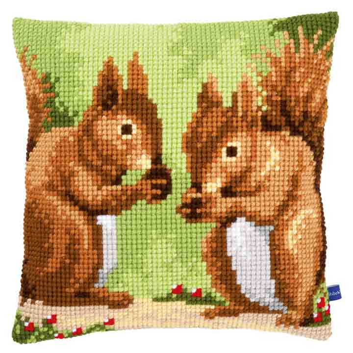 Vervaco Cross Stitch Cushion: Nibbling Squirrels