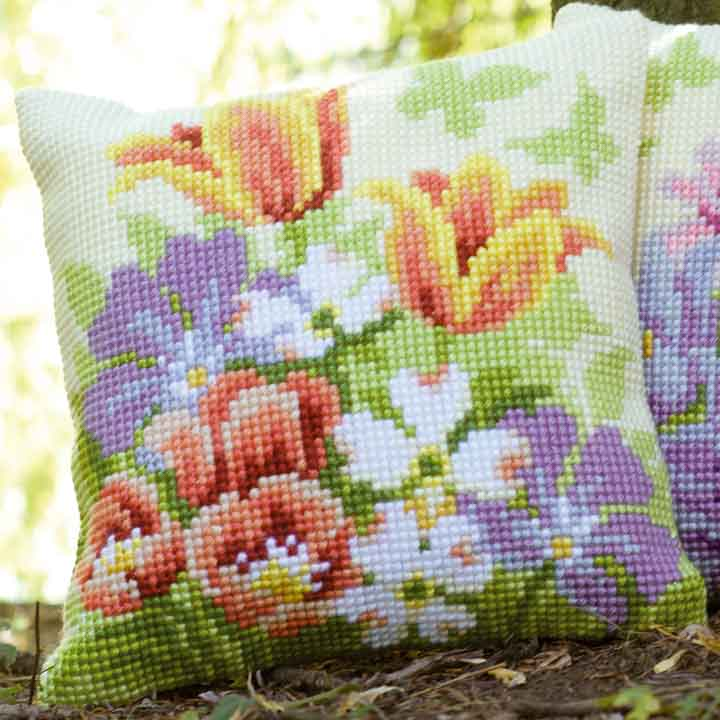 Vervaco Cross Stitch Cushion: Spring Flowers