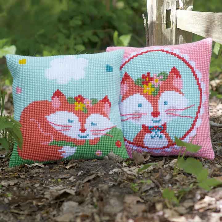 Vervaco Cross Stitch Cushion: Lief! Sleeping Fox