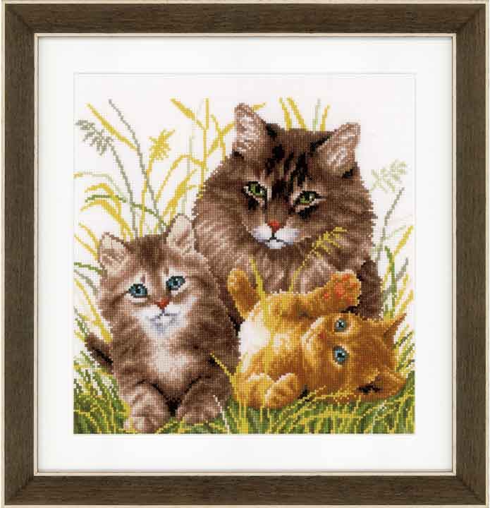 Counted Cross Stitch Kit: Cat Family Cats & Dogs CSK
