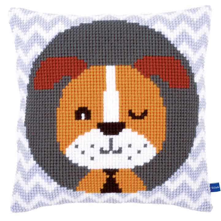 Vervaco Cross Stitch Cushion: Winking Dog Cats & Dogs CSCK