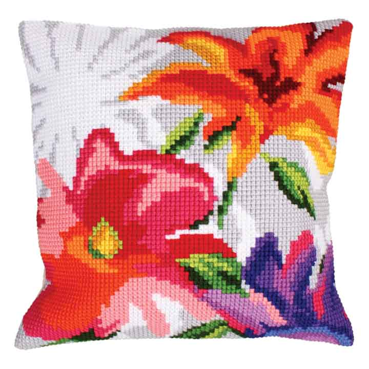 Collection D Art Cross Stitch Cushion: Stylish Flowers