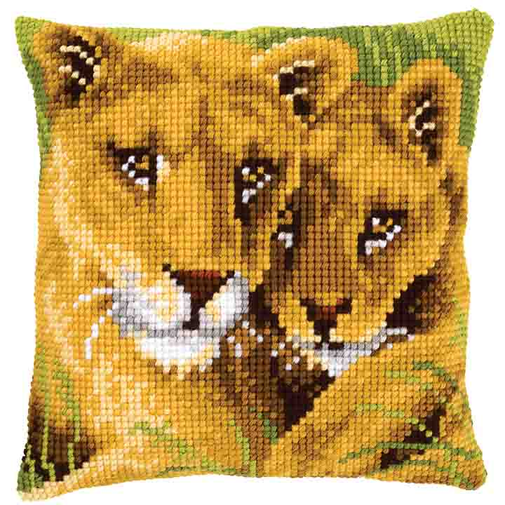 Vervaco Cross Stitch Cushion: Lion and Cub Animals & Birds CSCK