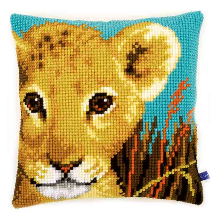 Vervaco Cross Stitch Cushion: Lion Cub